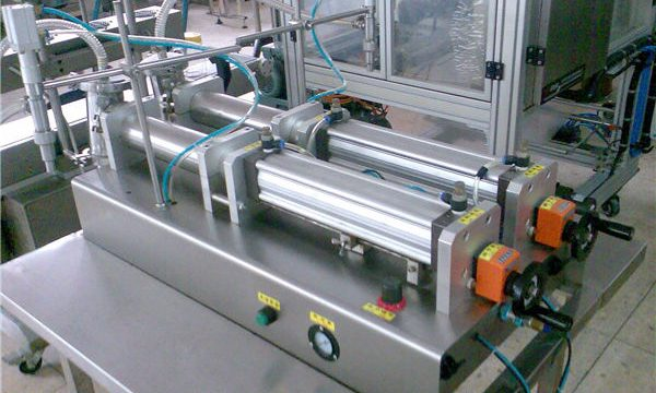 Квалитетна машина за пуњење течних шампона са двоструким млазницама