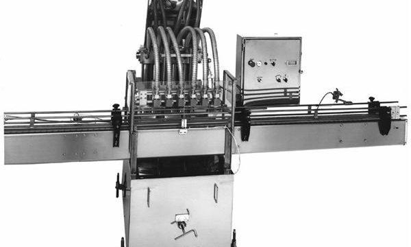 ПЛЦ машина за пуњење биљног уља под контролом клипа